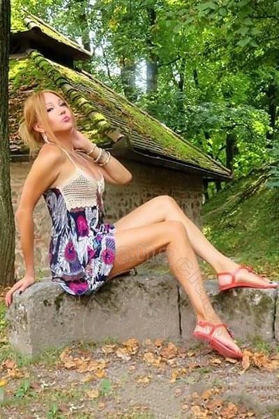 Megan Chic  UDINE 3314520553