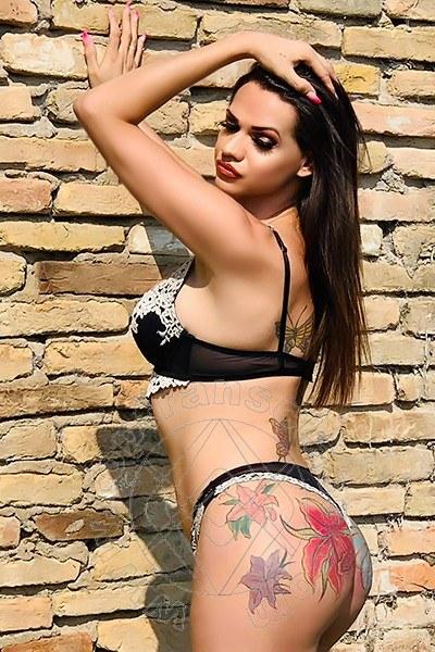 Trans Mentone Lizandra Tavares