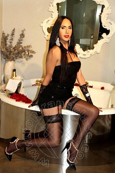 Trans Milano Jhenifer Heloizy Porno Star