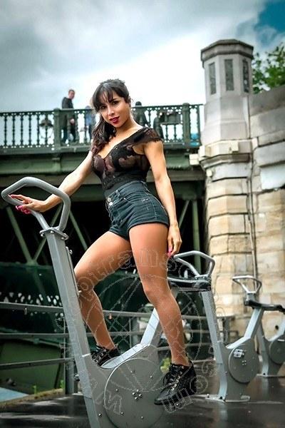 Trans Parigi Ruby De Oliveira